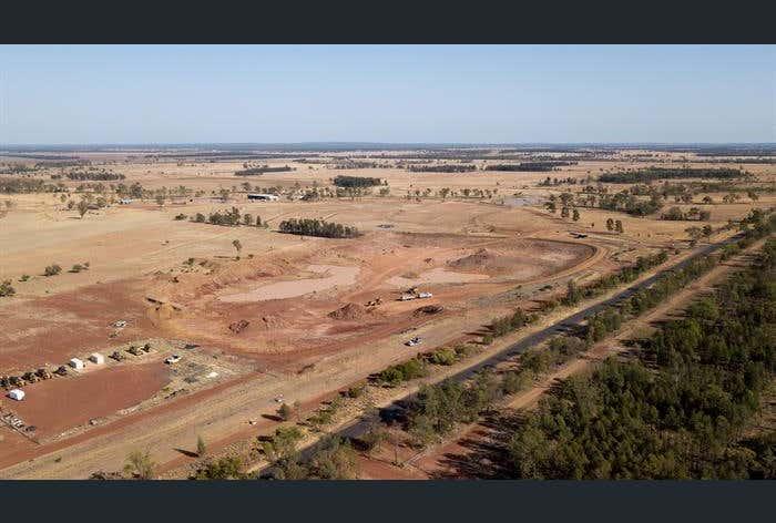 """Rowena"" Goombi Fairymeadow Road Chinchilla QLD 4413 - Image 1"