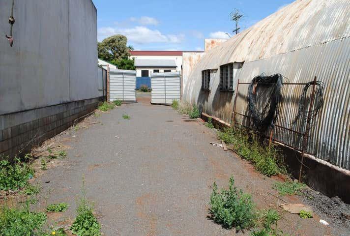 39 Isaac Street North Toowoomba QLD 4350 - Image 1