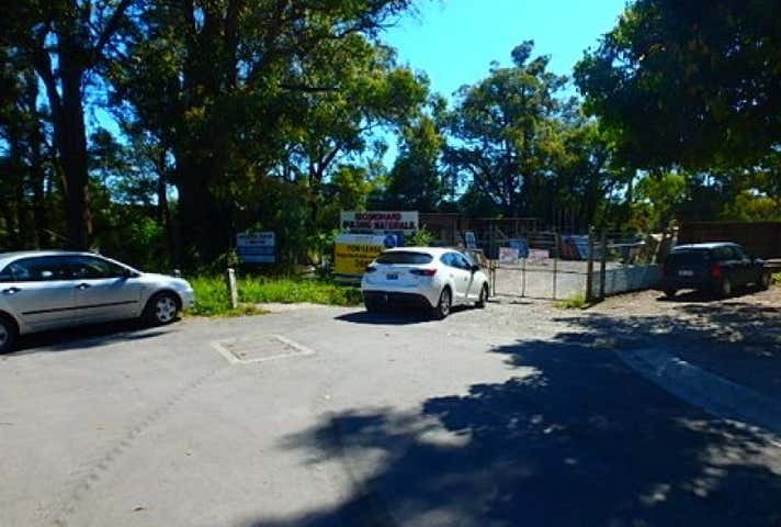 2/4 Clancys Road Mount Evelyn VIC 3796 - Image 1