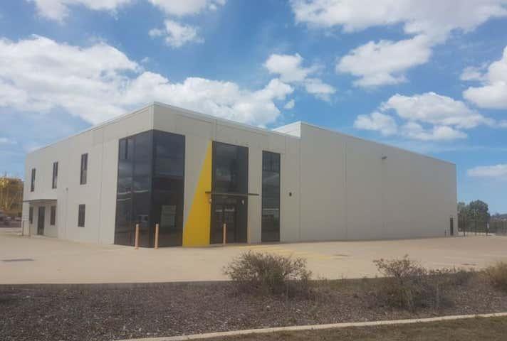 42 Bensted Road Callemondah QLD 4680 - Image 1