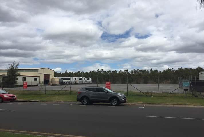 215 Alf O'Rourke Drive Gladstone Harbour QLD 4680 - Image 1