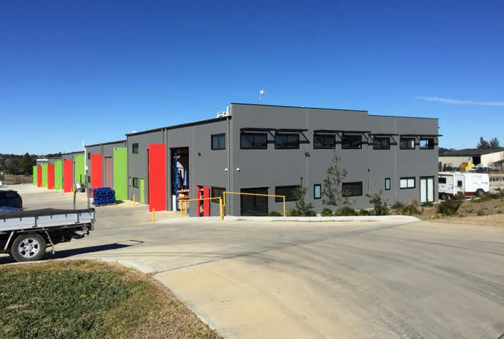 Unit 15, 17 Old Dairy Close Moss Vale NSW 2577 - Image 1