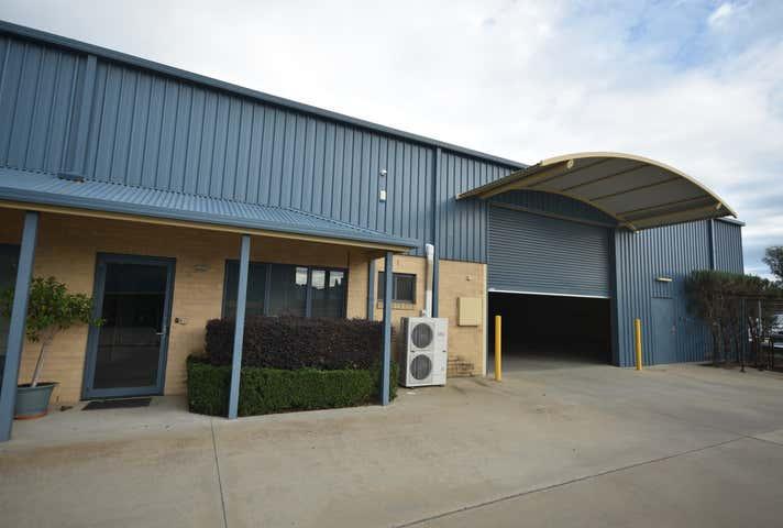 3/919 Calimo Street Albury NSW 2640 - Image 1