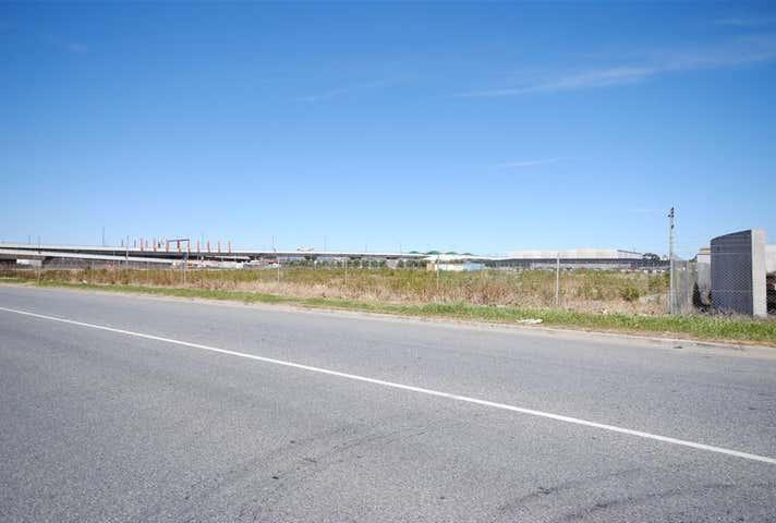 24-30 Davis Street Wingfield SA 5013 - Image 1
