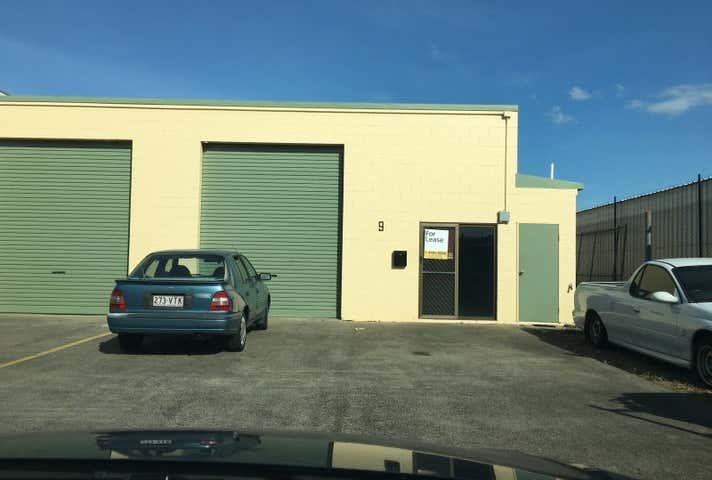9/3 Toohey St Portsmith QLD 4870 - Image 1