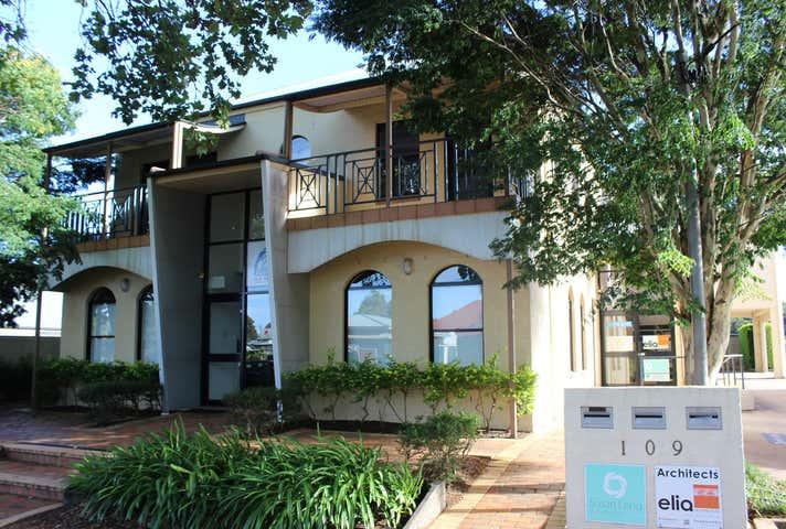 GF Suite 1, 109 Herries Street East Toowoomba QLD 4350 - Image 1