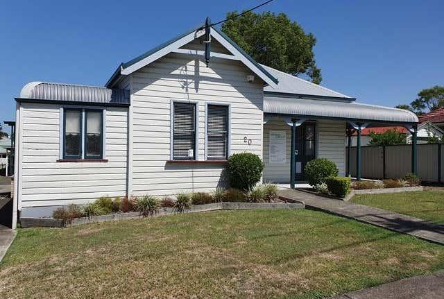 20 Commerce Street Taree NSW 2430 - Image 1