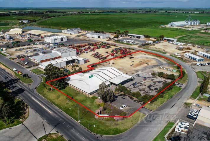 4 Deviation Road Naracoorte SA 5271 - Image 1