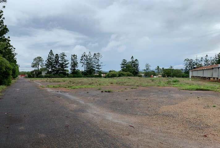 28 Reynolds Street Mareeba QLD 4880 - Image 1