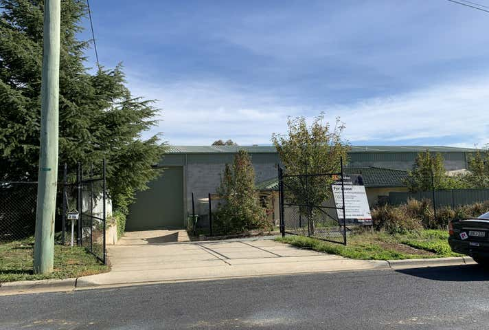 2/76 Bayldon Road Queanbeyan NSW 2620 - Image 1