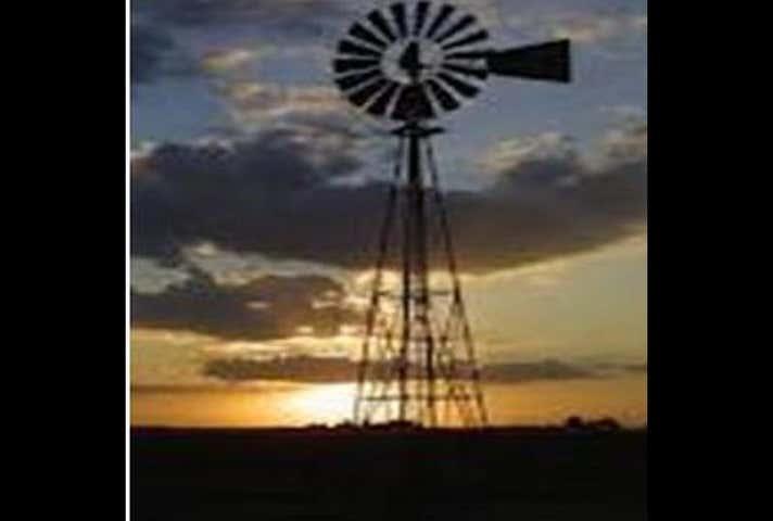 4A/1505 Warrego Highway Blacksoil QLD 4306 - Image 1