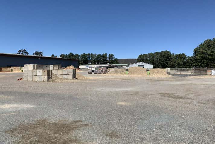 60 Hincksman Street Queanbeyan NSW 2620 - Image 1