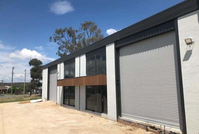 Whole Building, 29 Carrington Street Queanbeyan NSW 2620 - Image 1