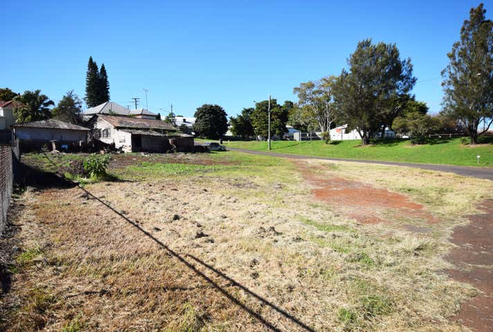 15 Aspect Street North Toowoomba QLD 4350 - Image 1