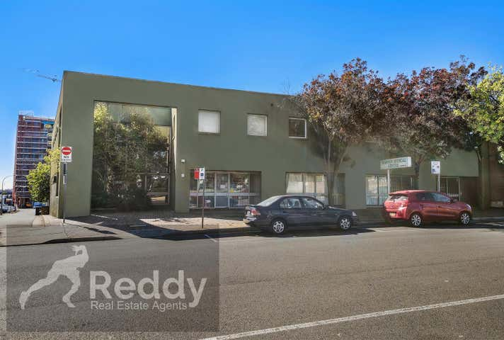 7/4 Browne St Campbelltown NSW 2560 - Image 1