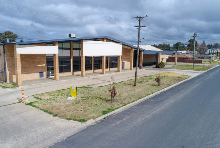 104 Front Unit Peel Street Bathurst NSW 2795 - Image 1