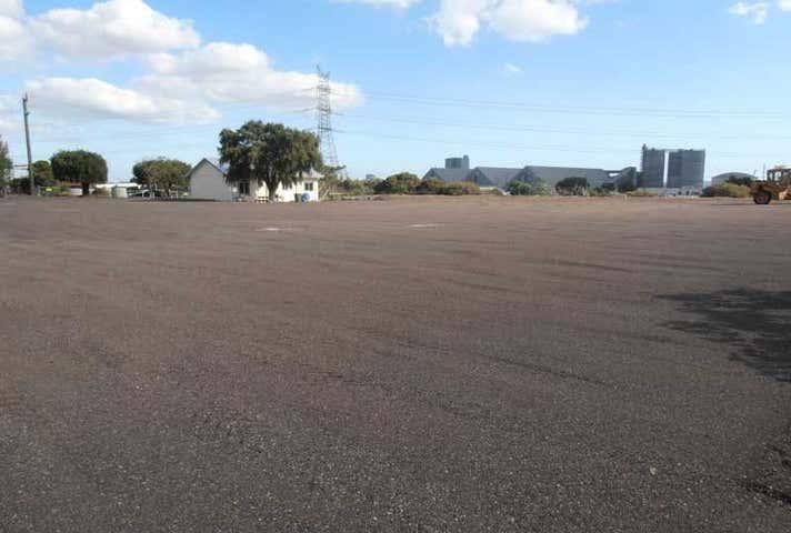 29-33 Weston Street Naval Base WA 6165 - Image 1