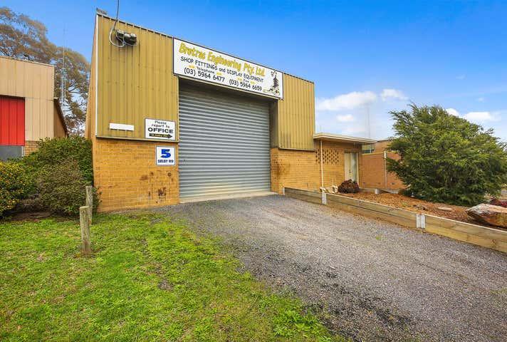 5 Selby Road Woori Yallock VIC 3139 - Image 1