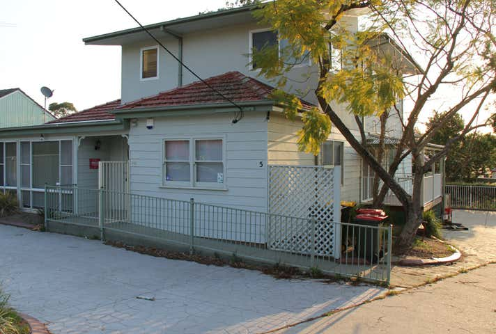 5 Kingsclare Street Leumeah NSW 2560 - Image 1
