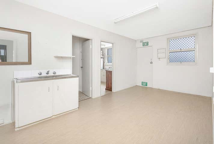 1/105 Shellharbour Road Warilla NSW 2528 - Image 1