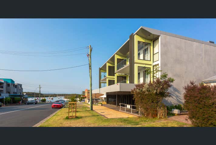 2/12 Currambene Street Huskisson NSW 2540 - Image 1