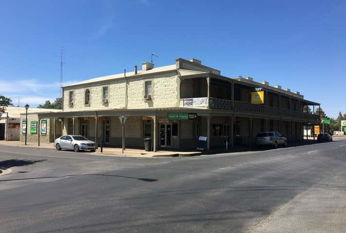 Royal Hotel Moonta, 2 Ryan Street, Moonta, SA 5558