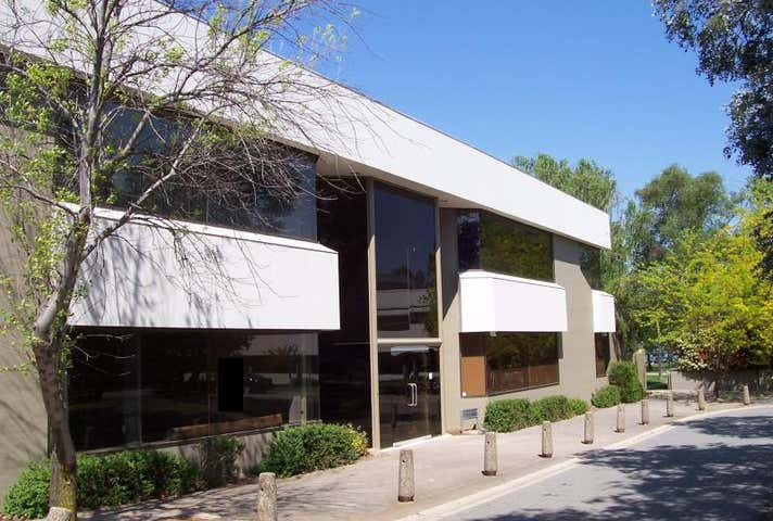 Rowland House, Unit  2, 10 Thesiger Court Deakin ACT 2600 - Image 1