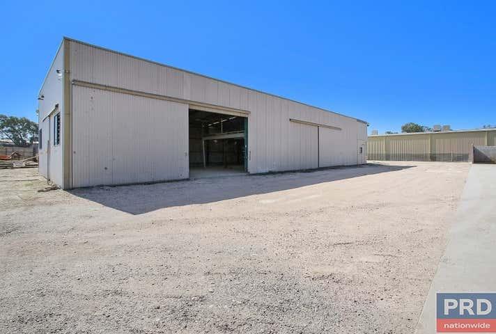 930 Metry Street Albury NSW 2640 - Image 1