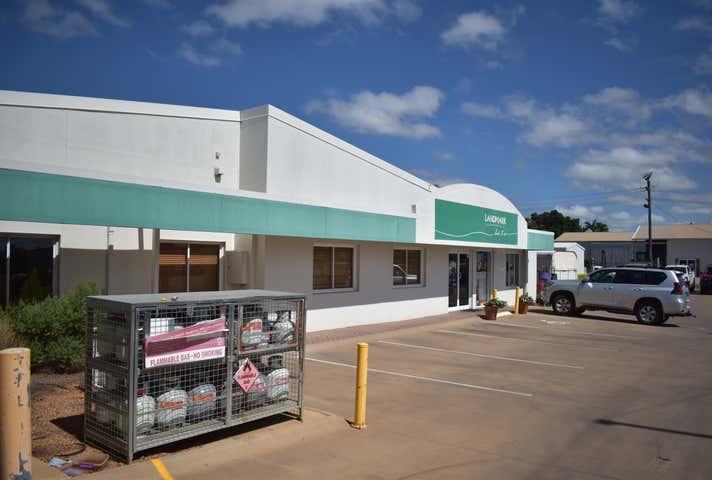 1-5 Daniels Street Emerald QLD 4720 - Image 1