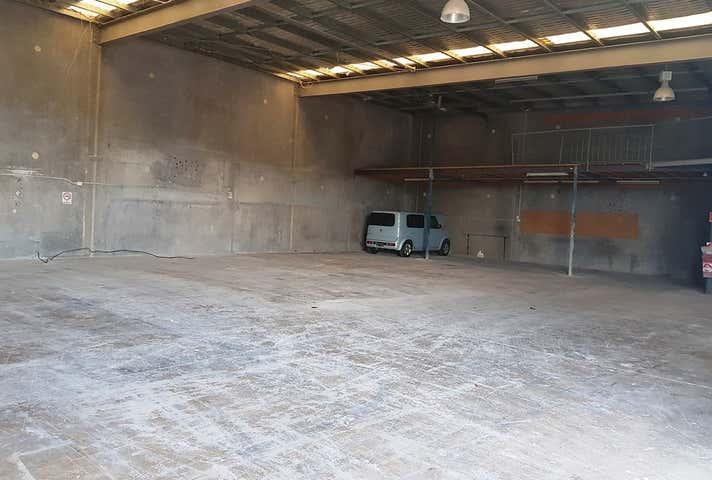 4/2 Premier Circuit Warana QLD 4575 - Image 1