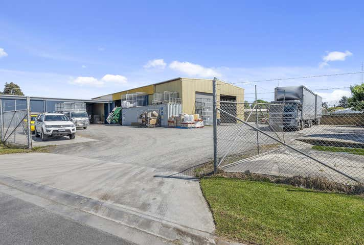 89 Wallace Street Colac VIC 3250 - Image 1