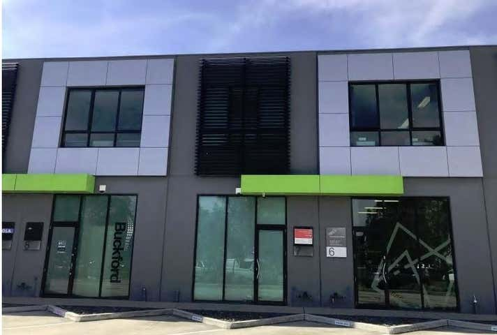 7/34 Wirraway Drive Port Melbourne VIC 3207 - Image 1