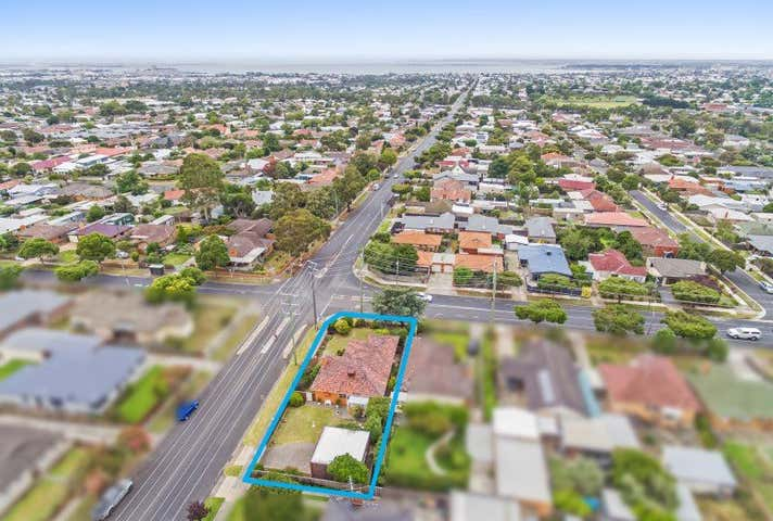2 McCurdy Road Herne Hill VIC 3218 - Image 1