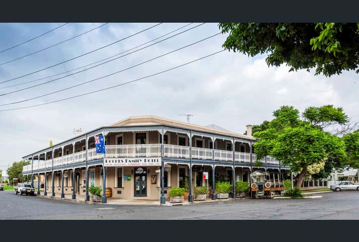 Roches Family Hotel, 85 Victoria S Grafton NSW 2460 - Image 1