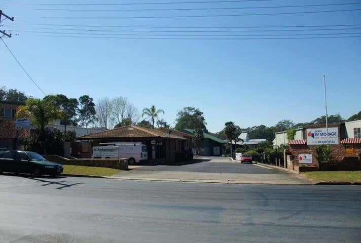 5 Newcastle Drive, Toormina, NSW 2452