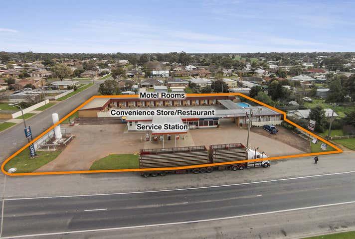 295 Murray Street Finley NSW 2713 - Image 1