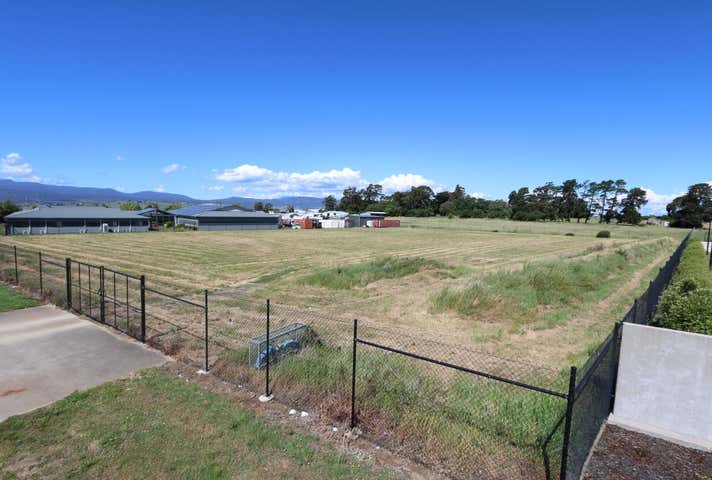 5 Hudson Fysh Drive, Western Junction, Tas 7212
