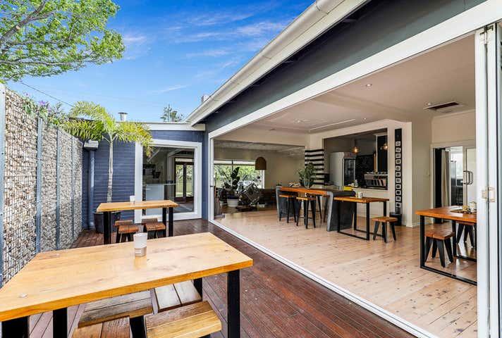 21 Bridge Street Mount Lofty QLD 4350 - Image 1