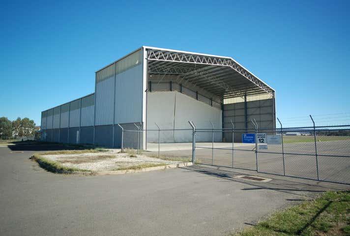 7 Bristol Court East Albury NSW 2640 - Image 1