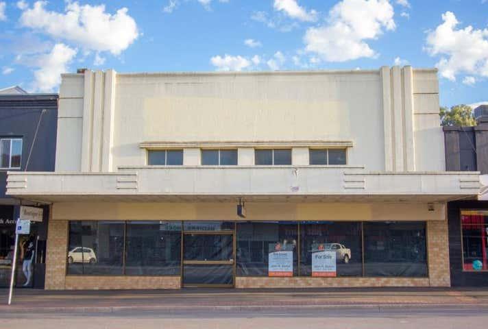 Whole property, 117 Boorowa Street Young NSW 2594 - Image 1