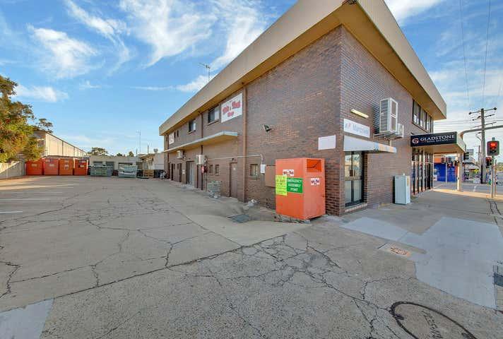 25 Tank Street Gladstone Central QLD 4680 - Image 1
