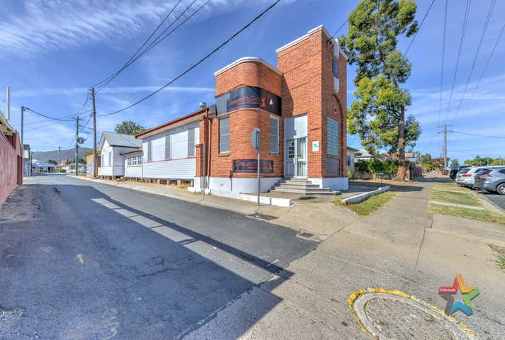 74 Belmore Street Tamworth NSW 2340 - Image 1