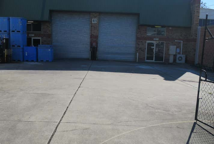 2/41 Darnick Street Underwood QLD 4119 - Image 1