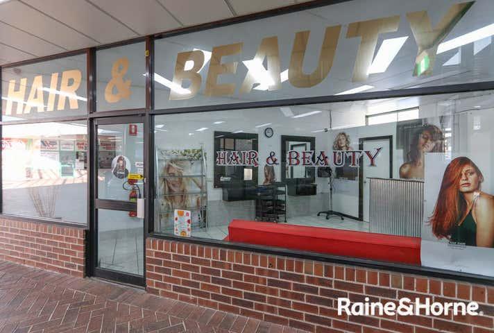 Shop 4 / 56 Boyd Street Kelso NSW 2795 - Image 1