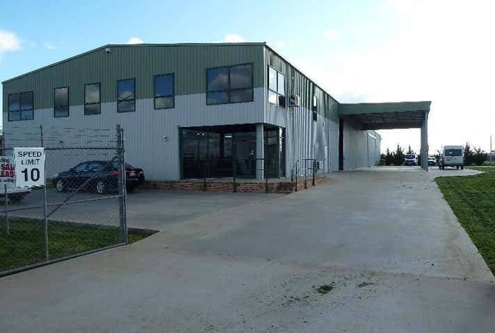 Leeton, address available on request
