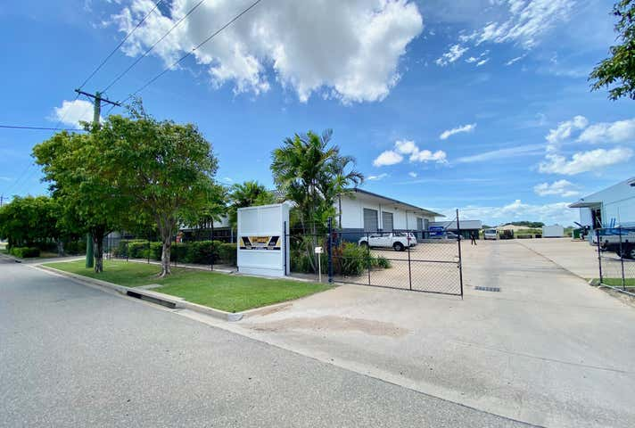 Unit 1, 49 Webb Drive Mount St John QLD 4818 - Image 1