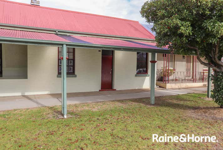 84A Piper Street Bathurst NSW 2795 - Image 1