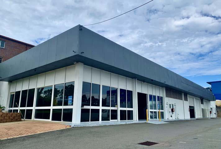 Unit 1, 5 Central Court Hillcrest QLD 4118 - Image 1