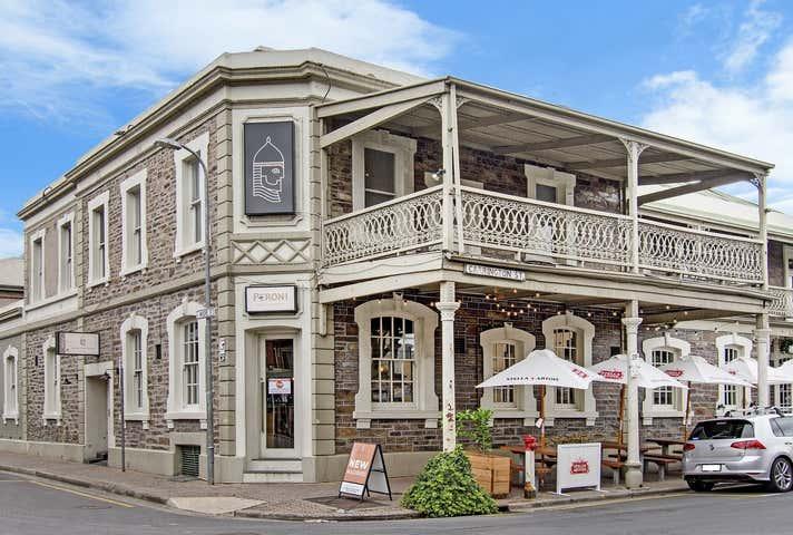 SARACENS HEAD HOTEL, 82 Carrington Street Adelaide SA 5000 - Image 1