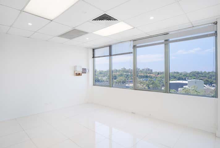 Suite 4 / 401 Pacific Highway Artarmon NSW 2064 - Image 1